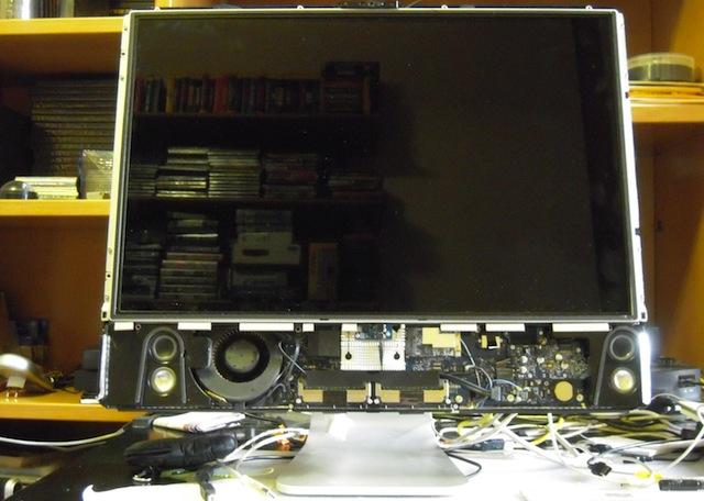 """smontare lo schermo di un iMac 24"""""""