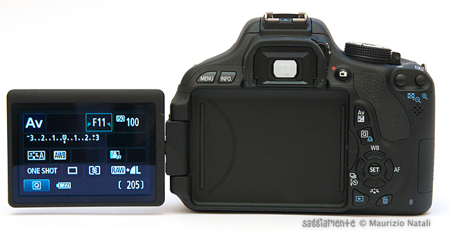 eos-600d-display