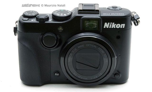 nikon-p7100-fronte