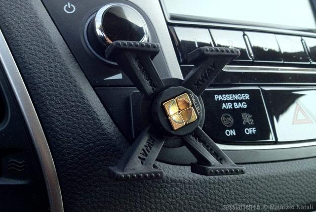 Recensione supporto per auto tetrax xway ottimo ma costoso - Porta cd auto simpatici ...