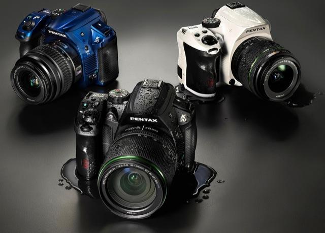 Pentax-k-30-black-white-blue