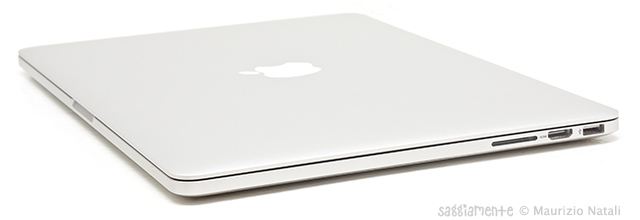 macbook-pro-lato-sd