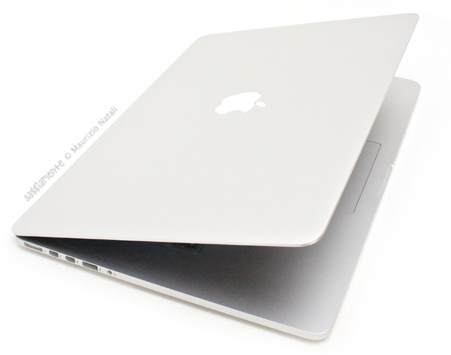 macbook-pro-retina-coperchio