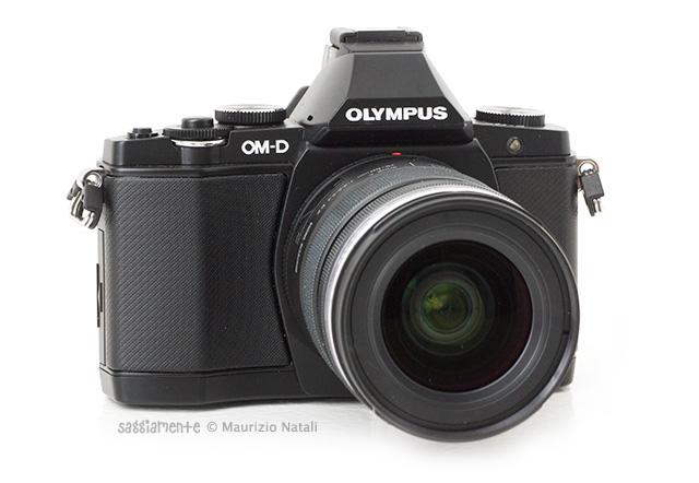 olympus-omd-em5-fronte