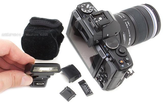 olympus-omd-em5-flash-kit