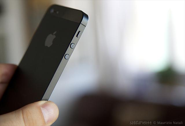 iphone5-design-lato