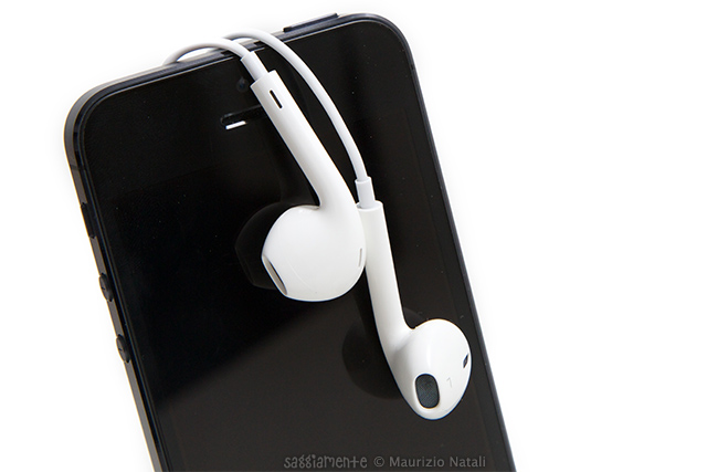 iphone5-earpods