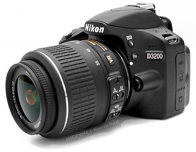 nikon-d3200-vista-lato