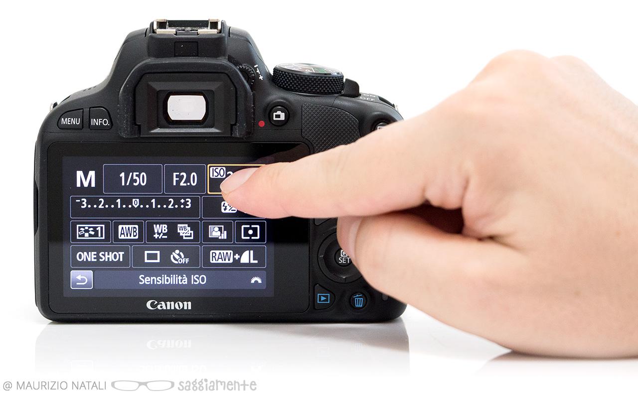 canon100d-touchscreen