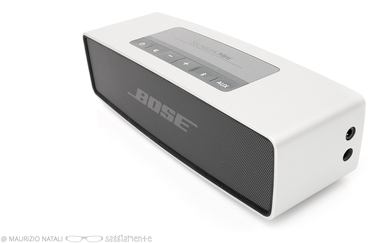 bose-soundlink-mini-top-connections