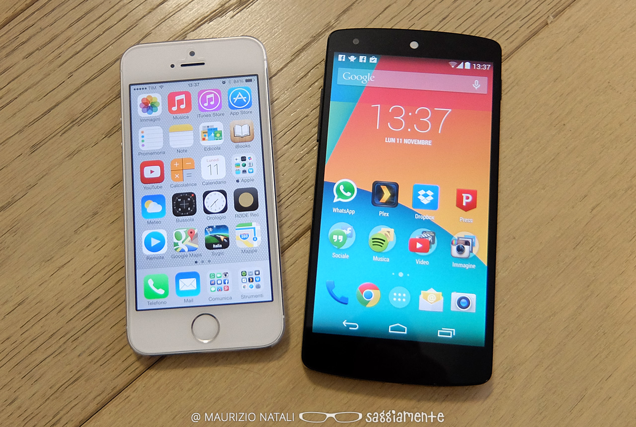 nexus5-vs-iphone5s
