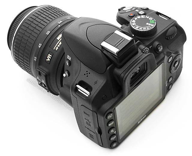 nikon-d3200-comandi-lato
