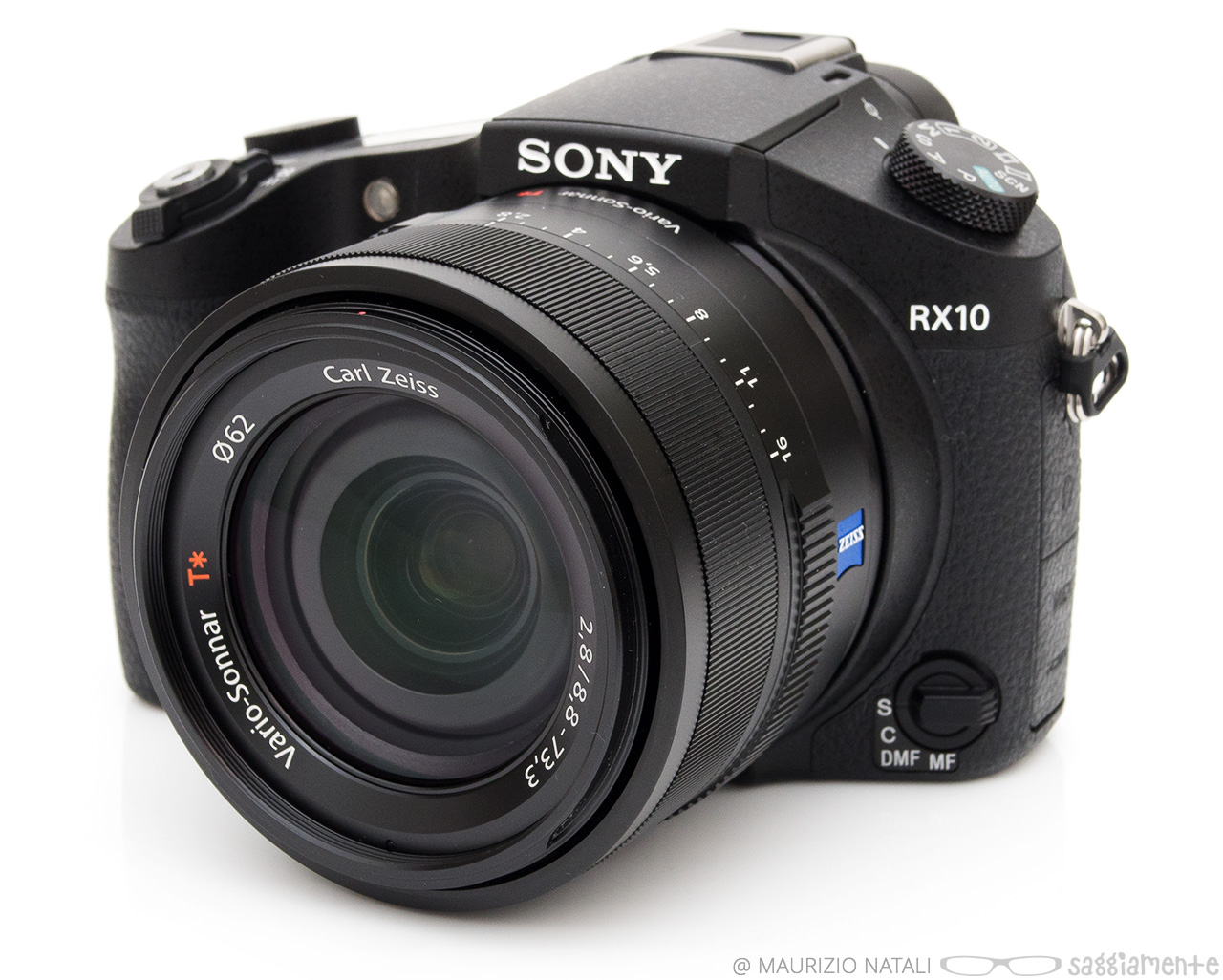 sony-rx10-front-right
