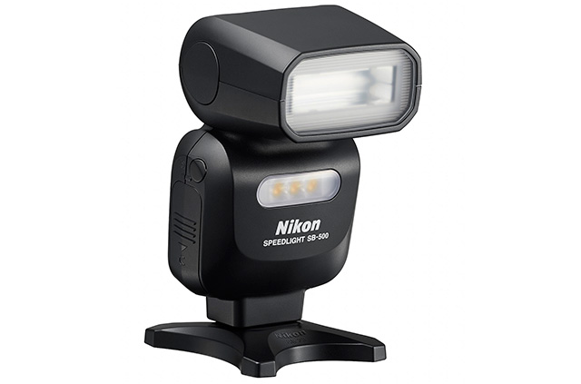 Nikon-SB500_AS23_frt34r