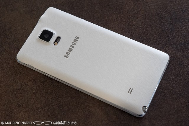 note4-back
