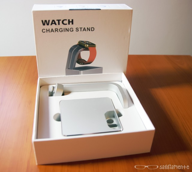 watch-charging-stand-confezione-2
