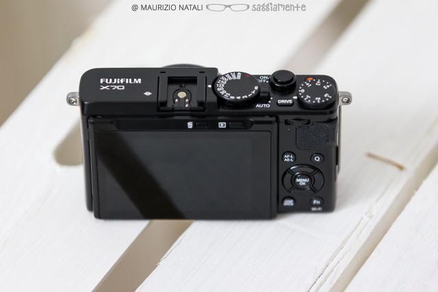 fujifilm-x70-back-top