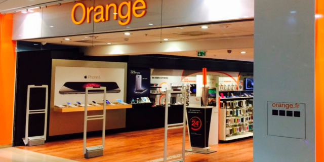 orange-store-apple