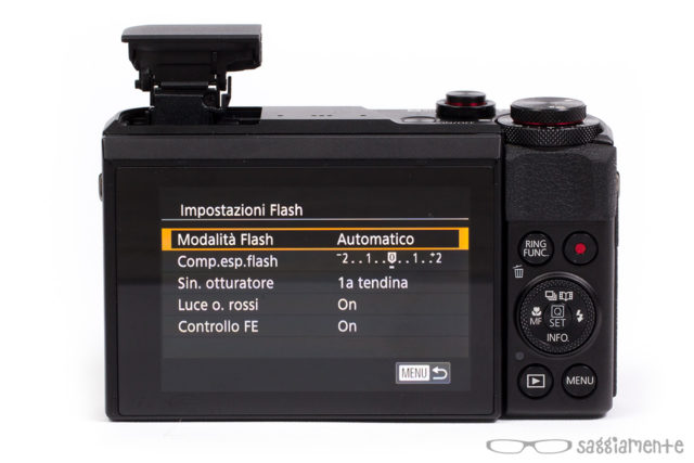 canon-g7x-mark-ii-flash