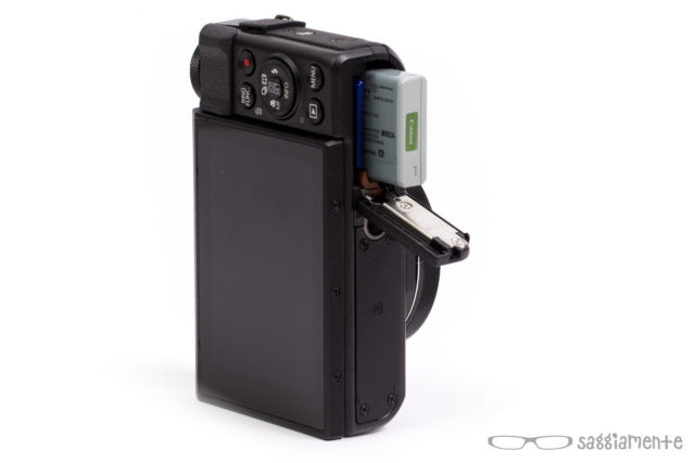 canon-g7x-mark-ii-vano-batteria