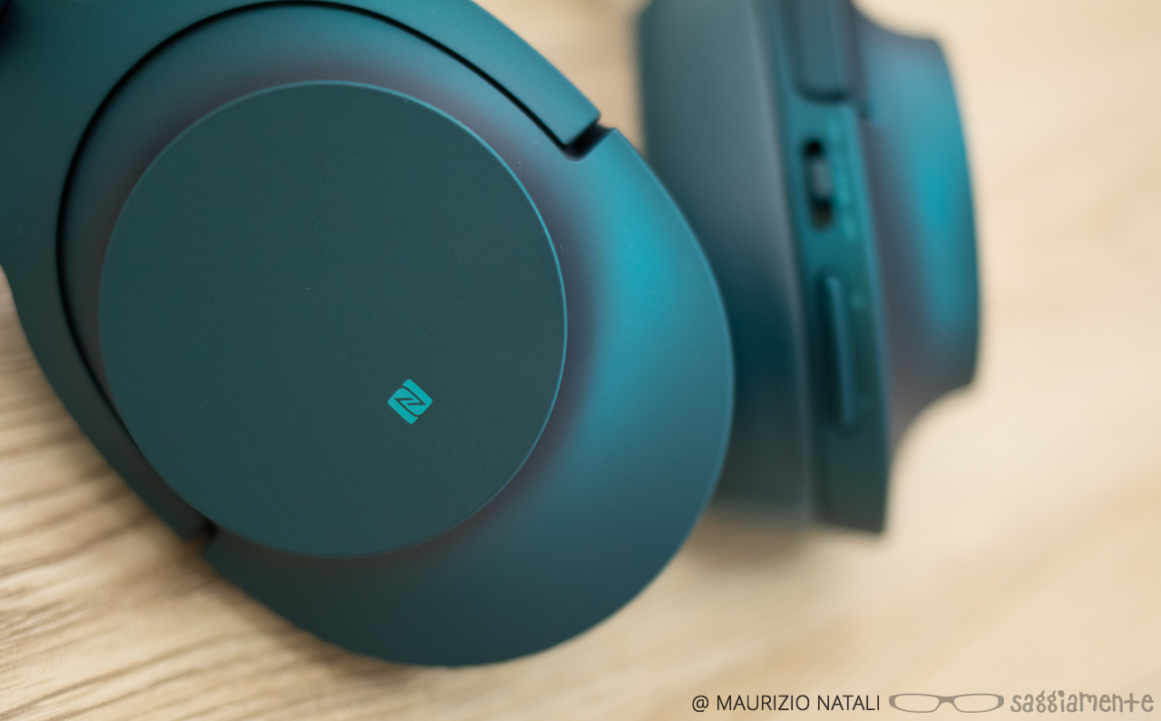 Recensione Sony Mdr 100 Hear On Wireless Nc Le Cuffie Per Chi Noice Cancelling Headphone 100abn Blue 19