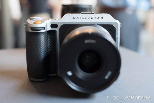 hasselblad-x1d-fronte