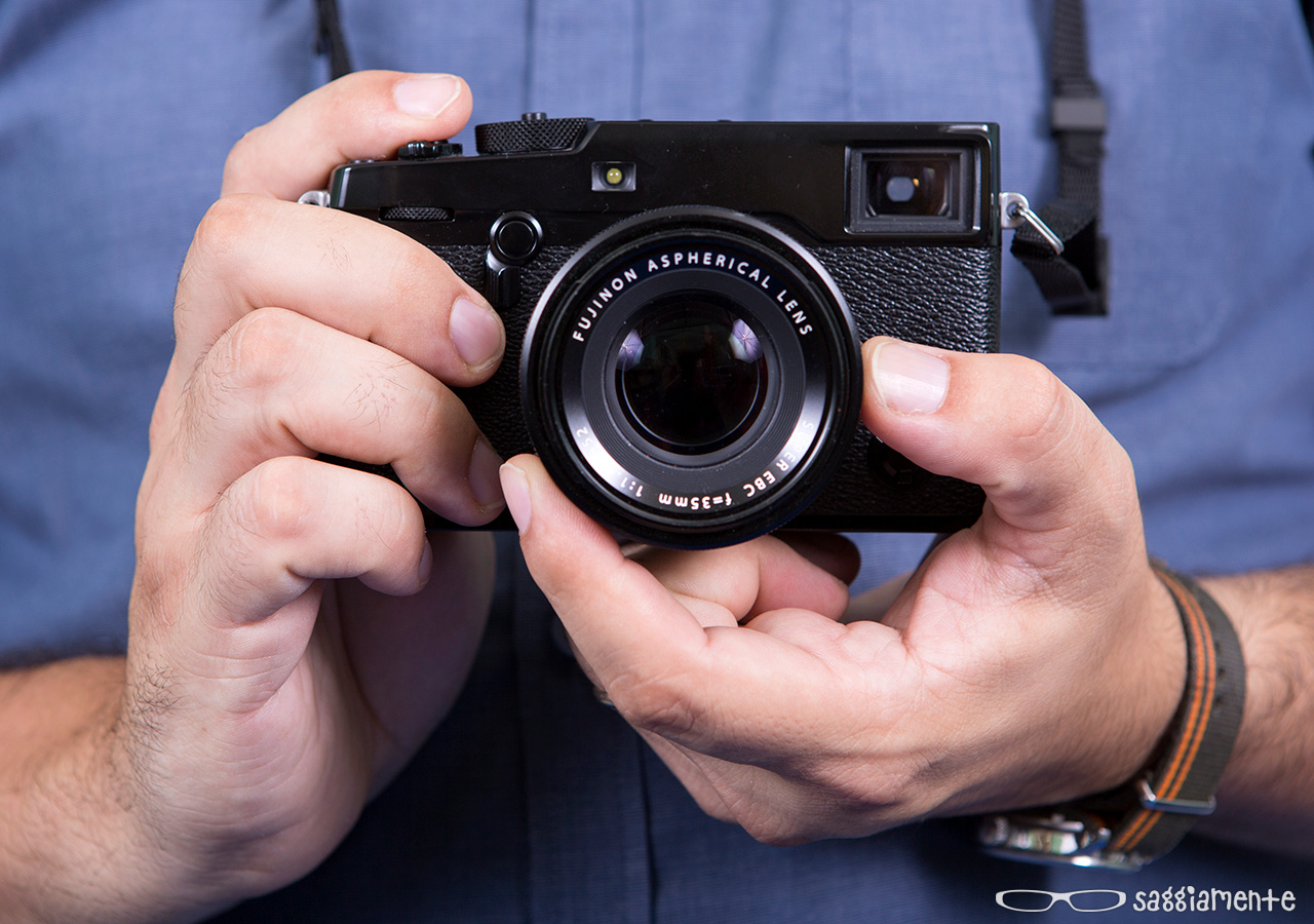 foto-in-mano1