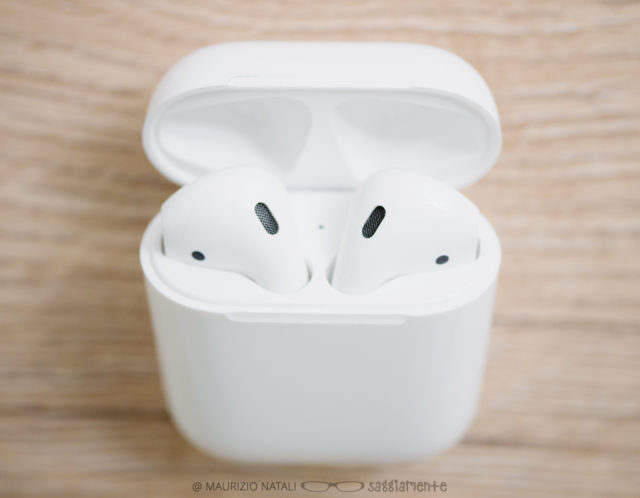 apple-airpods-15