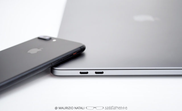 macbookpro15-touchbar-vs-iphone