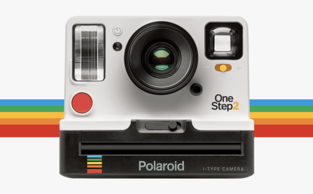 polaroid-is-back